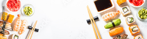 Foto auf AluDibond Sushi bar Sushi and sushi roll set on white background.