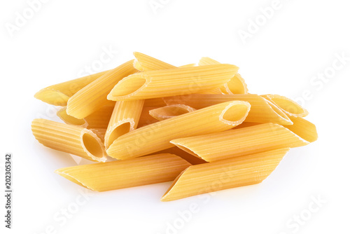 Fotomural  Penne rigate pasta isolated on white background. Raw.