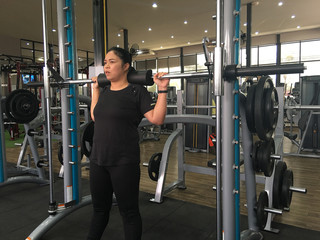 Squat training in the gym