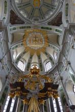 Hochaltar Der Jesuitenkirche In Mannheim