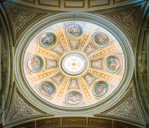 Fototapeta  Dome in a side chapel in the Basilica of the Santi XII Apostoli, in Rome, Italy