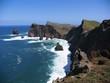 Falaises volcaniques dans l'Atlantique sur la péninsule de Sâo Lourenço île de Madère au Portugal.