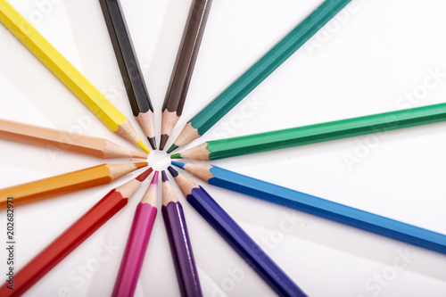 Fotografía  small circle and lines made with colored pencils