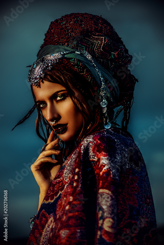 Photo sur Aluminium Gypsy mysterious gypsy soul