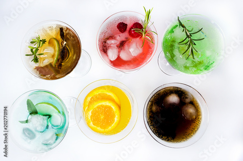 Papiers peints Cocktail Colorful cocktails on white background