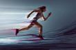 Läuferin mit künstlerischen Maleffekten