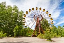 The Abandoned Ferris Wheel In ...