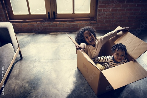 Fototapeta Siblings enjoying themselves obraz