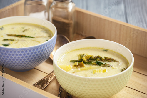 Asparagus cheese soup with potatoes and leek.