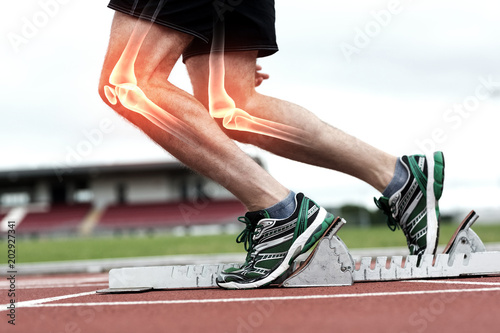 Fotografia  Highlighted bones of man about to race