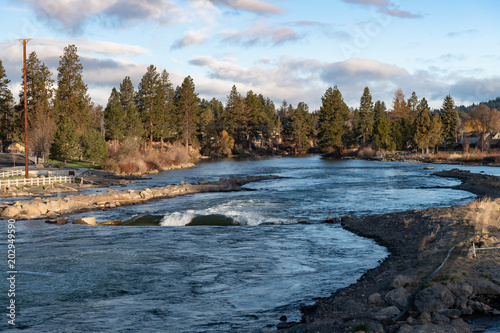 Early morning in Bend, Oregon along the Deschutes River at the whitewater park n Canvas Print
