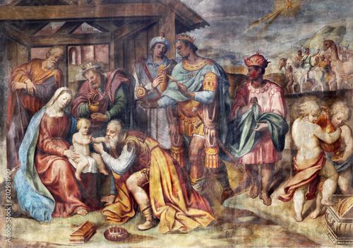 Obraz The freso of Adoration of Three Magi in church Chiesa di Santa Croce by Giovanni Maria Conti della Camera - fototapety do salonu
