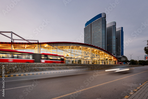 Fototapeta Metro bus and station Islamabad obraz na płótnie