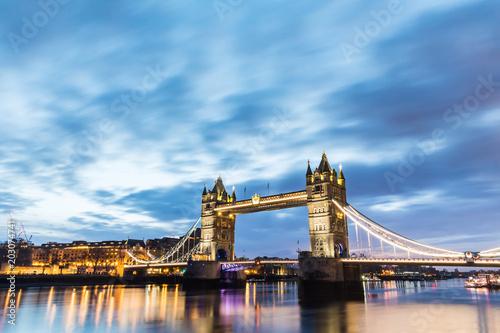 Stampa su Tela London, Tower Bridge beautiful view at sunrise