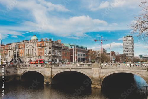 Zdjęcie XXL Stary most w Dublin centrum miasta