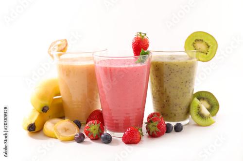 Papiers peints smoothie fruit or milkshake isolated on white background