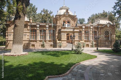 Foto  Family residence of Romanov family in Tashkent, Uzbekistan