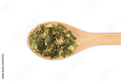 Foto op Canvas Kruiderij Dry leek pile in wooden spoon isolated on white background, top view