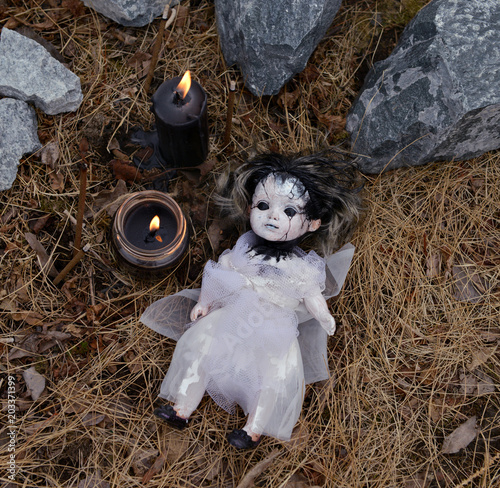 Tablou Canvas Scary voodoo doll with black candles