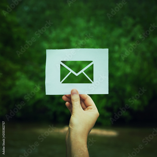 Stampa su Tela holding message icon