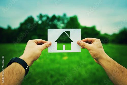 Fotografie, Obraz  holding home symbol