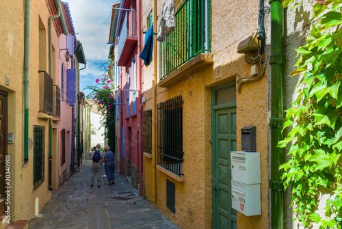 Printed kitchen splashbacks Narrow alley Dans les rues de Collioure