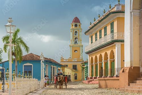 The tower of the Convento de San Francisco de Asis in Trinidad, Cuba Slika na platnu
