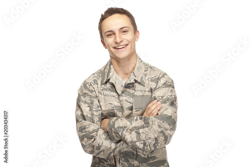 Photo Happy air force airman with arms crossed