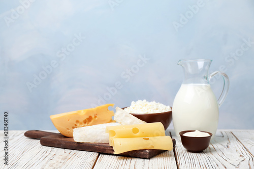 Fotobehang Zuivelproducten Different dairy products on wooden table