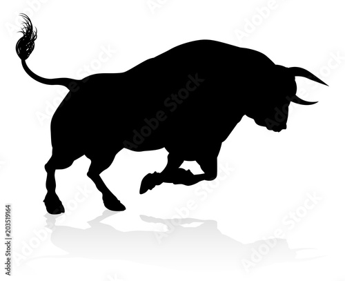 Valokuvatapetti Silhouette Bull