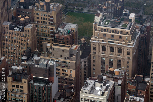 Foto op Plexiglas Chicago new york manhattan skyscrapers roofs and water tower