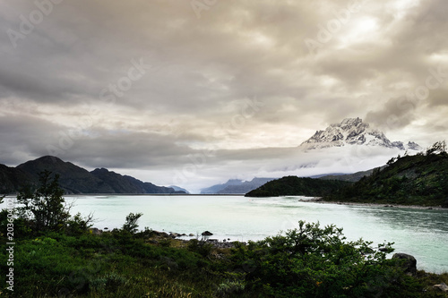 Photo Lake Grey and Cerro Paine Grande in Torres del Paine National Park, Patagonia, C