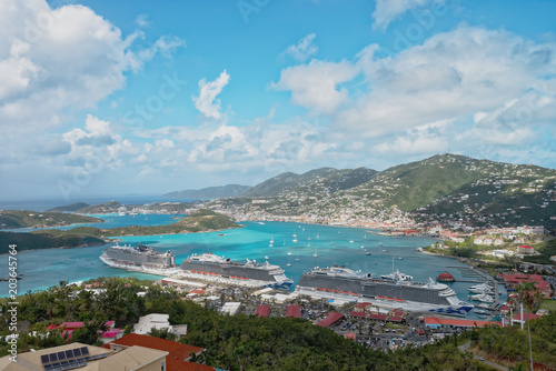 Photo Stands Caribbean St. Thomas' two ports, Havensight and Crown Bay, U.S. Viirgin Islands