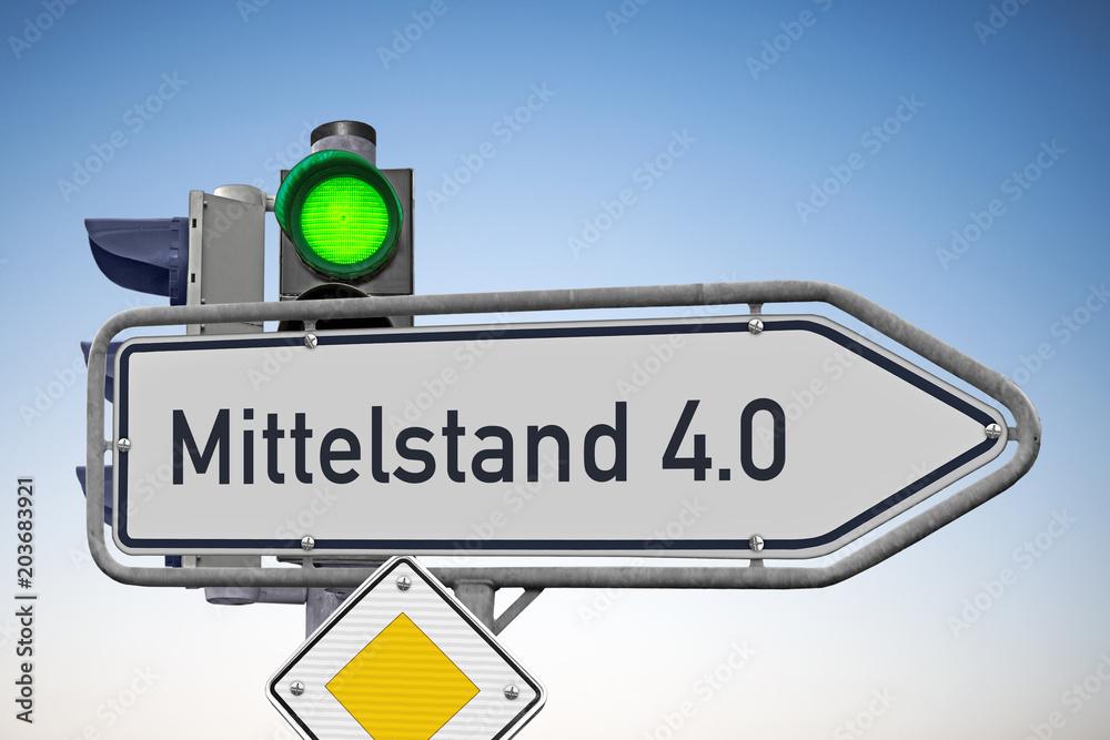 Fototapety, obrazy: Wegweiser Mittelstand 4.0, Signal auf Grün