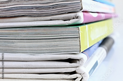 Fotografía  stack of papers piled up high