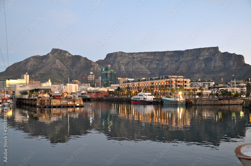 Fototapeta Victoria and Alfred Waterfront scenic view in Cape Town, South Africa