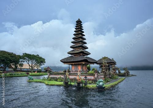 Tuinposter Bali Ulun Danu Beratan Temple, Bali ,Indonesia