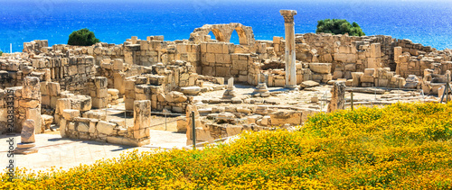 Poster de jardin Orange Ancient temples and turquoise sea - touristic attractions of Cyprus island