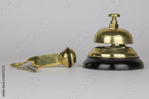 Plakat Dzwonek hotelowy i klucz