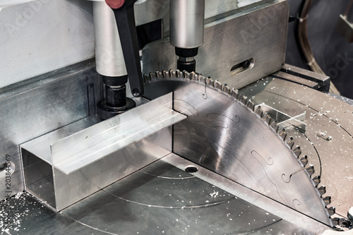 Fotografie, Obraz Circular saw for cutting aluminum.