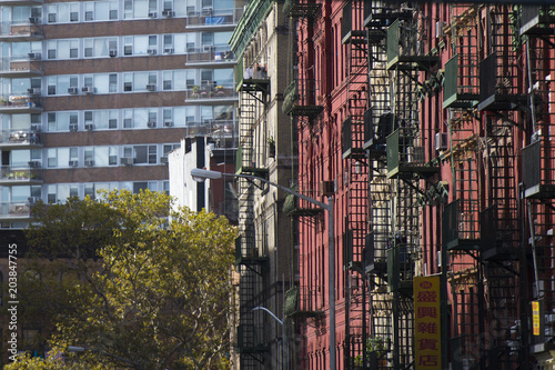 Keuken foto achterwand New York NEW YORK - USA- 28 OCTOBER 2018. Close-up view of New York City style apartment buildings with emergency stairs along Mott Street in the Chinatown neighborhood of Manhattan NYC.