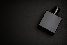 Mockup Of Black Fragrance Perf...