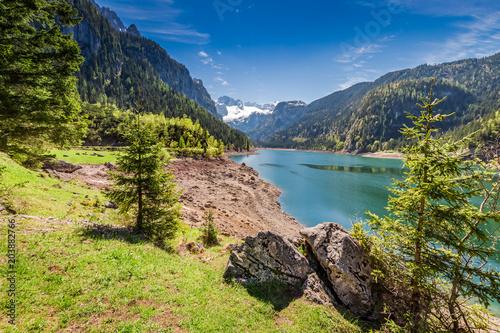 Poster Bergen Mountain lake in Gosau at spring, Alps, Austria
