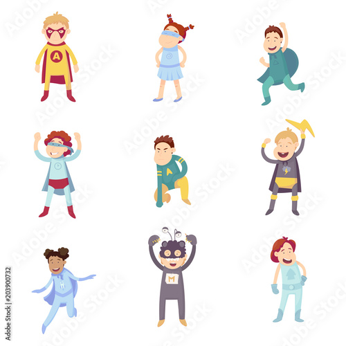 Papel de parede Children imagine themselves to be super heroes and try on different superhero is guests
