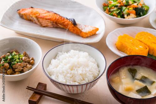 食事のイメージ
