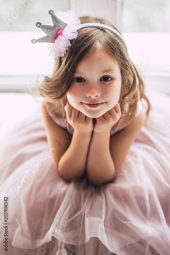 Obraz Little cute girl in dress - fototapety do salonu