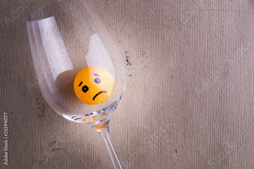 Cuadros en Lienzo sad alcoholic trapped in a glass