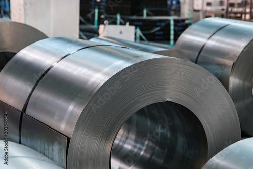 Fotografía  Stock with rolls of sheet steel in industrial plant