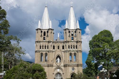 Foto op Canvas Zuid-Amerika land Basílica Menor de Jardín, Antioquia, Colombie