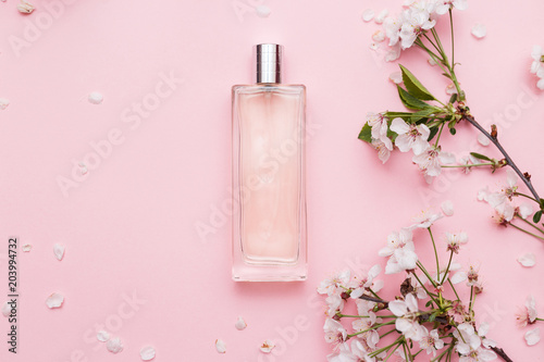 Fototapeta Floral perfume bottle with orchid flowers obraz